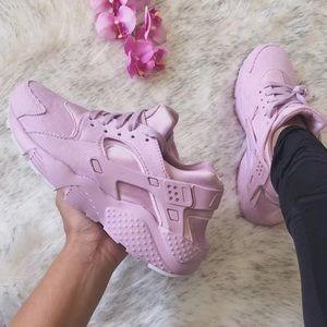 NWT🌸 Nike Huarache Run SE Pink Corduroy 6Y/7.5W